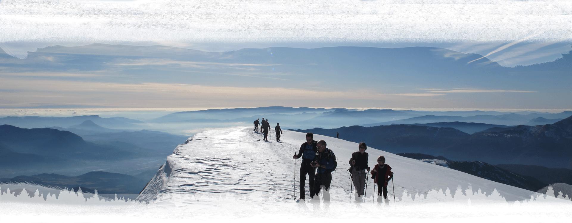 raquettes dans les hautes alpes en hiver